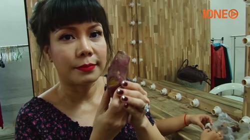 Việt Hương 'bất mãn' với cuộc sống đầy 'bất công' - ảnh 3
