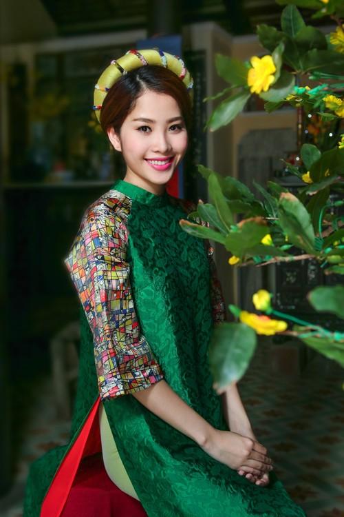 2 mỹ nhân Việt và nỗi ám ảnh bố ruột bạo hành mẹ - ảnh 2