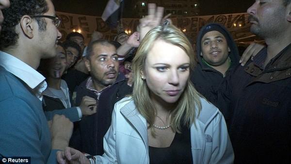 Taharrush: 'Trò chơi cưỡng hiếp tập thể' gây rúng động nước Đức - ảnh 2