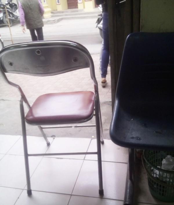 Hà Nội: Phản cảm hình ảnh bếp núc trong trụ sở UBND phường - ảnh 3