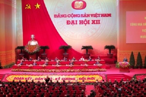 Ngày 23/01, Đại hội nghe báo cáo về công tác nhân sự - ảnh 2