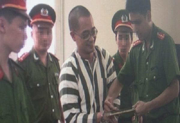 Nụ cười 'lạnh gáy' của hai tử tù trước giờ thi hành án - ảnh 2