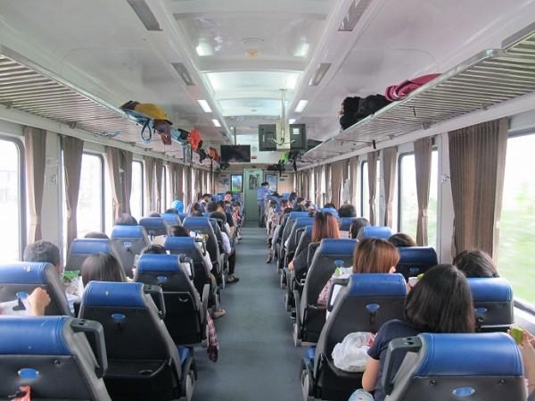 Ra mắt tàu hỏa cao cấp Hà Nội - Sài Gòn, vé còn 274 ngàn đồng - ảnh 1