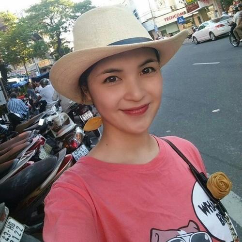 Tiết lộ người chị gái xinh đẹp của Hòa Minzy - ảnh 1