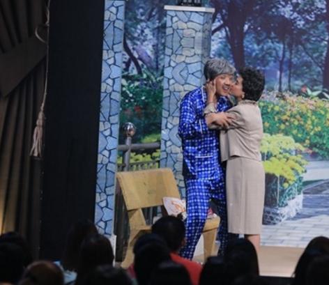 Ơn giời cậu đây rồi tập 13: Cát Phượng 'cưỡng hôn' Trấn Thành - ảnh 2
