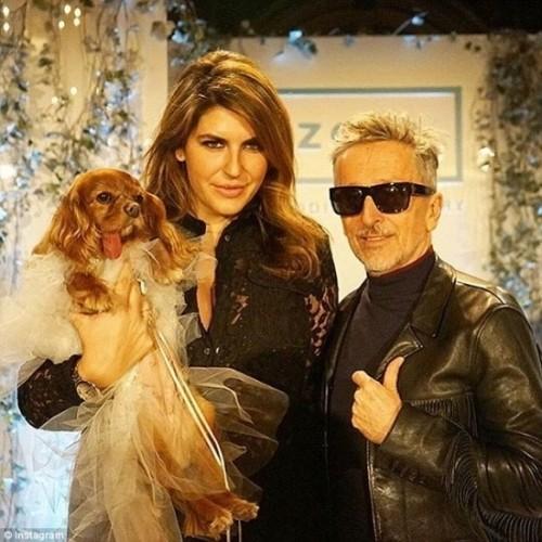 Váy cưới hơn 200 triệu, vòng cưới 2,9 tỷ của cặp chó nổi tiếng - ảnh 6