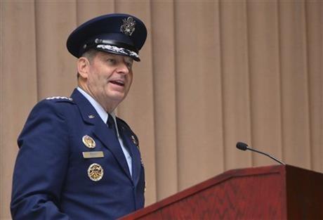Sỹ quan không quân Mỹ 'phá hỏng' tên lửa đầu đạn hạt nhân - ảnh 1