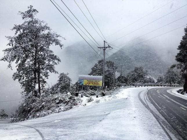Kết quả hình ảnh cho tuyết rơi ở hầu khắp khu vực núi cao