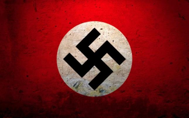 Biểu tượng chữ thập ngược đã bị Hitler 'bôi bẩn' như thế nào? - ảnh 1