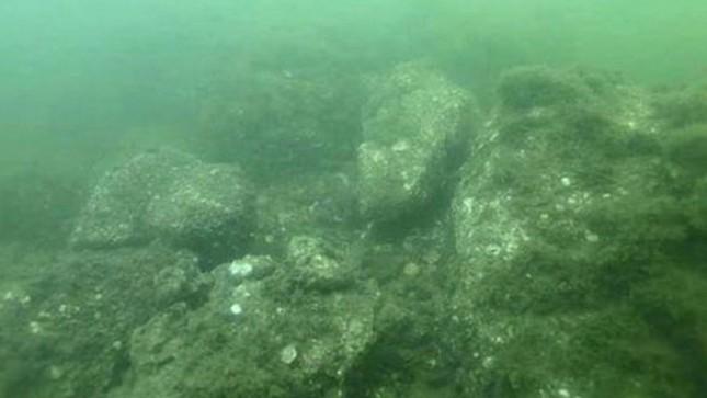 Tìm ra cung điện hơn 2.200 tuổi của Tần Thủy Hoàng dưới đáy biển - ảnh 1