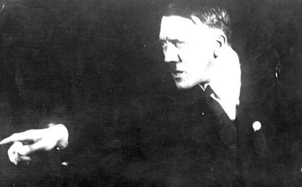 Hitler đã sống tới 95 tuổi với người tình Brazil? - ảnh 2