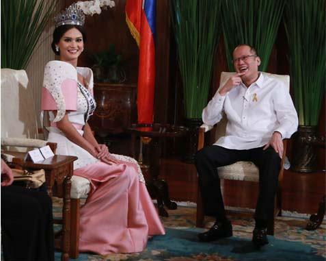 Hoa hậu Hoàn vũ gặp gỡ tổng thống Philippines sau tin đồn hẹn hò - ảnh 2
