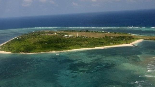 Đài Loan phun vòi rồng tấn công tàu cá Việt Nam ở Trường Sa - ảnh 1