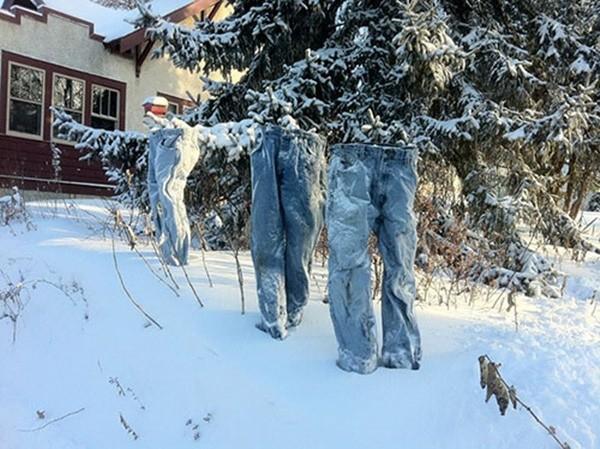 Những chiếc quần 'ma' xuất hiện tại Mỹ - ảnh 2