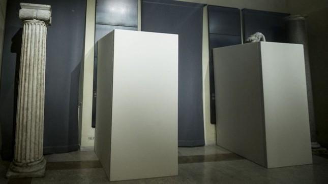 Bảo tàng Ý che tượng khỏa thân để đón Tổng thống Iran - ảnh 1