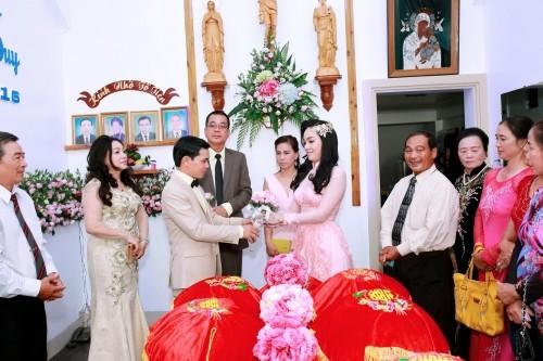 Sự thật việc Vũ Hoàng Điệp vắng mặt trong lễ cưới chị ruột - ảnh 1