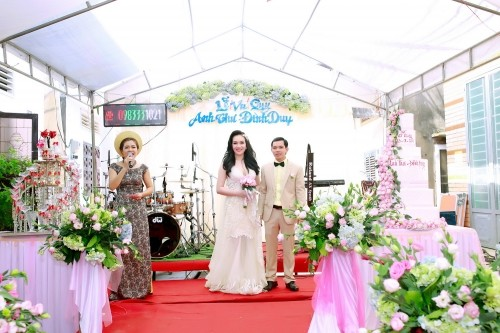 Sự thật việc Vũ Hoàng Điệp vắng mặt trong lễ cưới chị ruột - ảnh 3