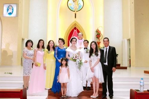 Sự thật việc Vũ Hoàng Điệp vắng mặt trong lễ cưới chị ruột - ảnh 8