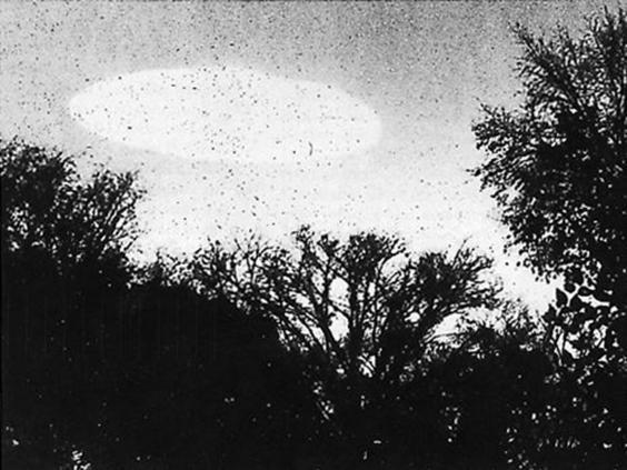 CIA công bố 10 tài liệu tuyệt mật về UFO và người ngoài hành tinh - ảnh 2