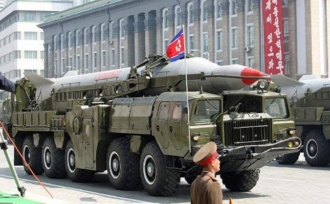 Triều Tiên sắp thử nghiệm tên lửa tầm bắn vươn đến Mỹ - ảnh 1