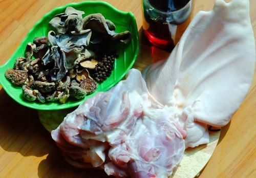 Cách nấu thịt đông ngon, mềm, không ngấy đón Tết Bính Thân - ảnh 1