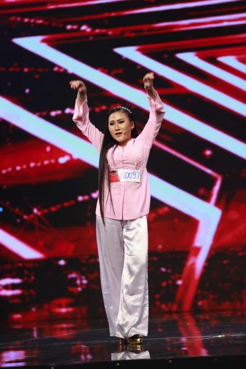 Vietnam's Got Talent: Nhiều tiết mục xuất sắc khiến BGK ngỡ ngàng - ảnh 3