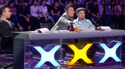 Vietnam's Got Talent: Nhiều tiết mục xuất sắc khiến BGK ngỡ ngàng - ảnh 6