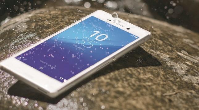 Những smartphone giảm giá trong tháng cuối cùng năm 2015 - ảnh 4