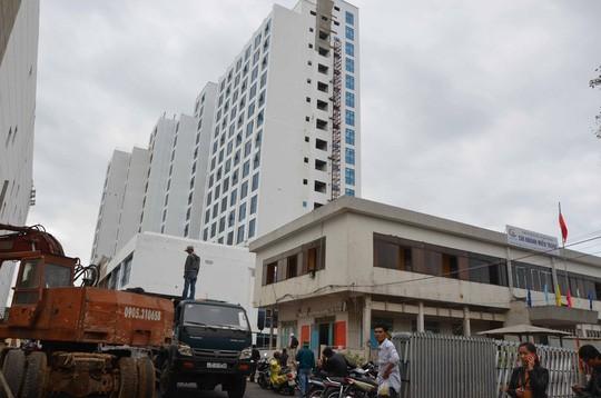 Đà Nẵng: Rơi thang máy, 5 người chết 1 người bị thương - ảnh 1