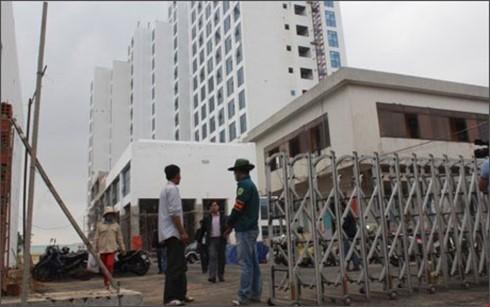 Thăm hỏi các gia đình nạn nhân trong vụ rơi thang máy ở Đà Nẵng - ảnh 2