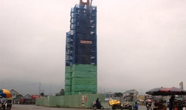 Tháp 'biểu tượng tinh thần' ở Hà Tĩnh lại được cấp phép xây dựng - ảnh 1