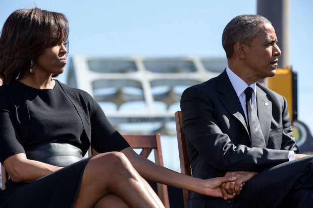 Khoảnh khắc đời thường ấn tượng nhất 2015 của Tổng thống Mỹ Obama - ảnh 3