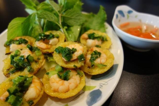 Những món ăn khiến bạn 'hối hận' nếu không thử khi du lịch Việt Nam - ảnh 9