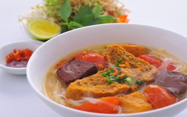 Những món ăn khiến bạn 'hối hận' nếu không thử khi du lịch Việt Nam - ảnh 4