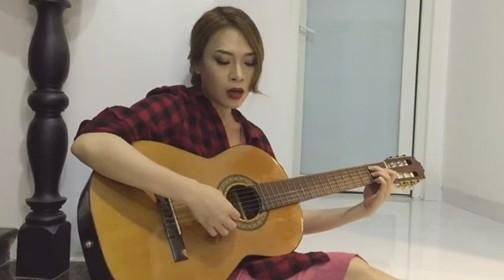 Mỹ Tâm khiến fan 'phát cuồng' khi ngẫu hứng đàn hát giữa đêm - ảnh 1