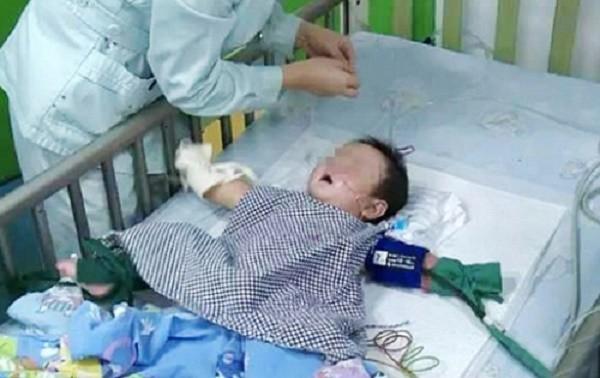 Vì ghen tỵ, bác dâu đầu độc bé trai 7 tháng tuổi bằng thủy ngân - ảnh 1