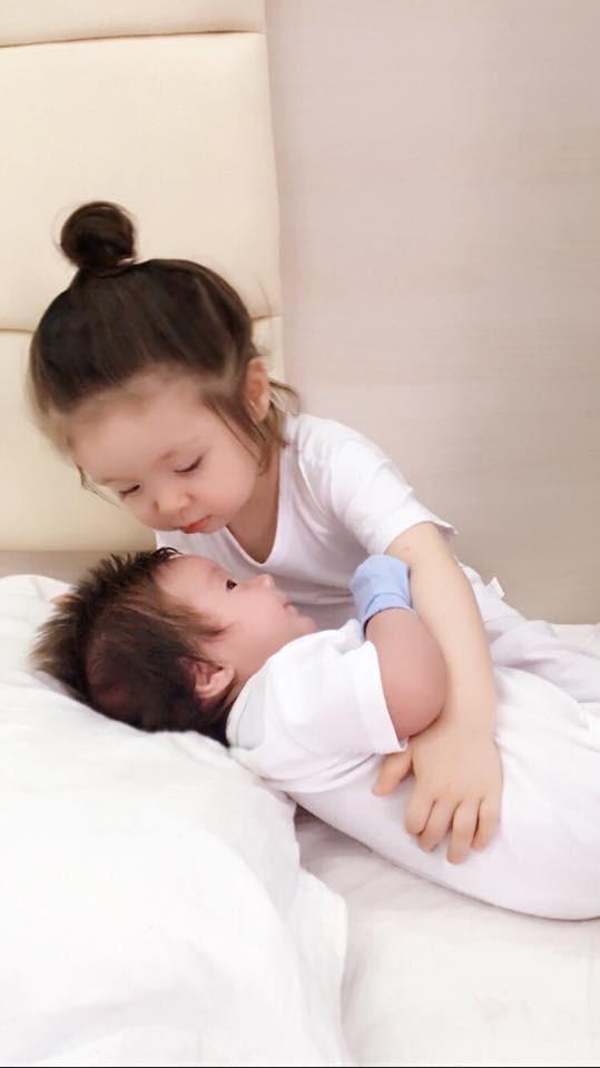 Xôn xao tin Elly Trần bí mật sinh con lần 2 - ảnh 1