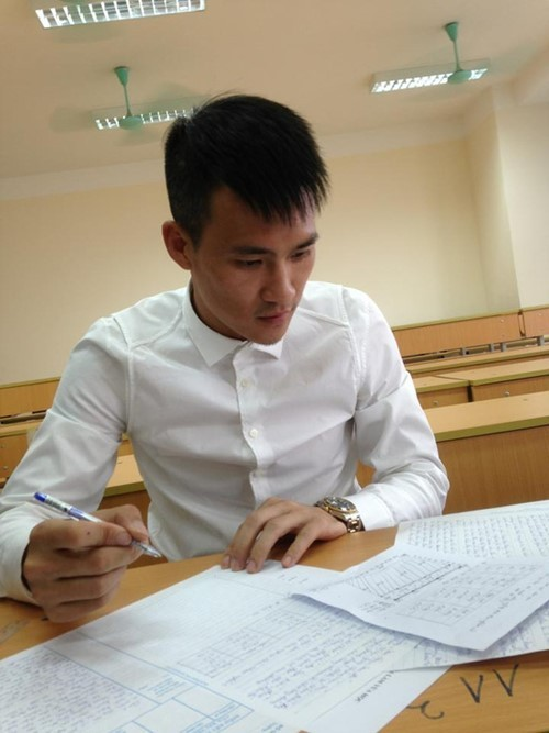 Công Vinh đỗ Đại học Luật Hà Nội với điểm số cao - ảnh 1