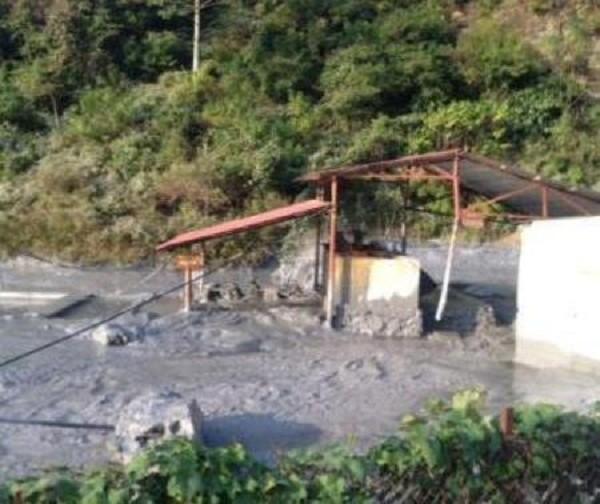 Cao Bằng: Sông Gâm ô nhiễm nặng do vỡ bể chứa nước thải chì, kẽm - ảnh 1