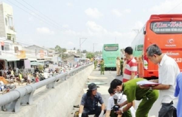 Tài xế gây tai nạn làm 5 người chết lãnh án 13 năm tù - ảnh 1