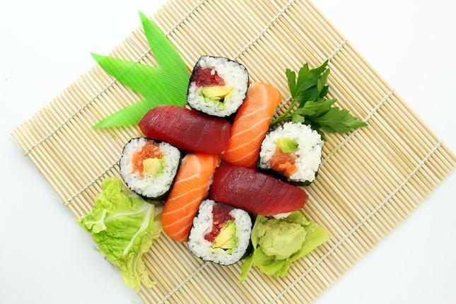 Mục sở thị những thú vị chưa từng biết về Sushi - ảnh 2