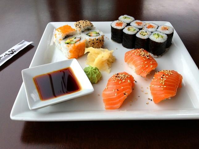 Mục sở thị những thú vị chưa từng biết về Sushi - ảnh 1