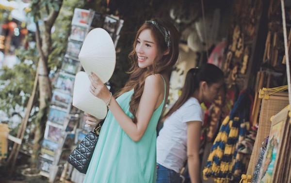 Lộ loạt ảnh tố Elly Trần mang bầu lần hai - ảnh 3