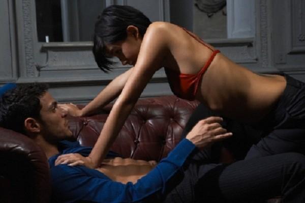 Chồng vào nhà nghỉ với gái còn mắng vợ 'ích kỷ, không biết chia sẻ' - ảnh 2