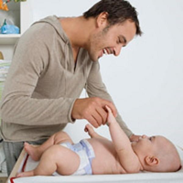 Ông bố trẻ chia sẻ 35 quy tắc thú vị khi chăm con - ảnh 1