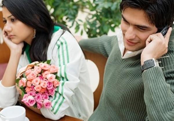 Những dấu hiệu chúng tỏ bạn đang hẹn hò với người đã có vợ - ảnh 1