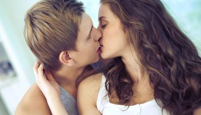 Tuyệt chiêu kích thích ham muốn 'yêu' không cần động chạm - ảnh 1