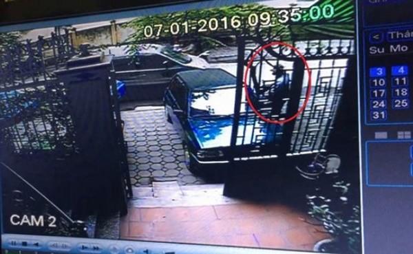 'Cướp xe chở 400 lượng vàng': Camera ghi được hình nghi phạm - ảnh 1