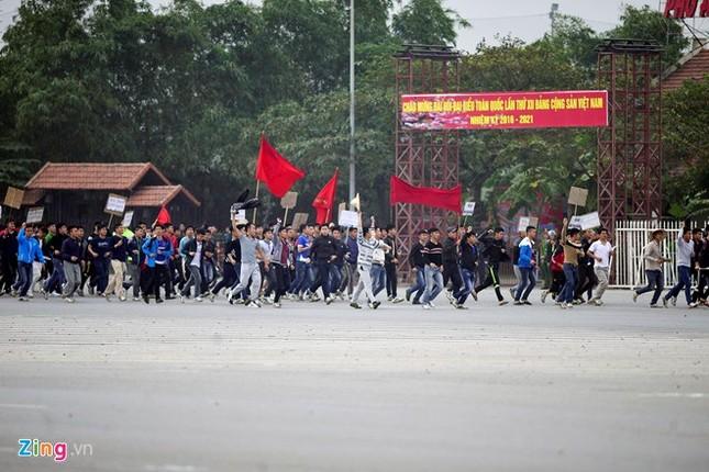 Tình huống thực binh chống bạo động bảo vệ Đại hội Đảng - ảnh 1