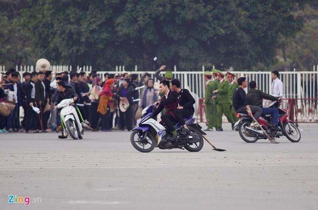 Tình huống thực binh chống bạo động bảo vệ Đại hội Đảng - ảnh 2